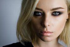 Expertul Acasa.ro, Diana Ionescu, make-up artist: Cele mai frecvente 5 greseli in machiaj